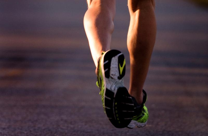 Achillespeesklachten: Hoe ontstaan ze, hoe voorkom je ze of kom je er vanaf?